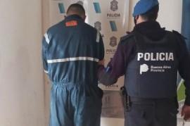 La Plata: un ladrón robó en una joyería y relojería céntrica y la Policía lo atrapó en un colectivo