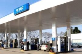 Marzo empieza con otro aumento en los combustibles: YPF y Shell suben sus precios un 2,8 por ciento
