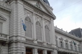 La Justicia argentina: ¿Último bastión monárquico?