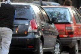 """Estacionamiento Medido en La Plata: piden suspenderlo por """"estafa"""", """"trapitos"""" y para dar """"respiro"""""""