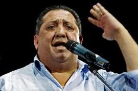 """Luis D'Elía: """"Macri es un delincuente que tiene que ir preso"""""""