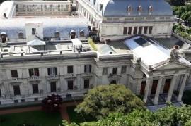 En 2018, la Legislatura bonaerense trabajó muy poco: sesionó 8 veces en Diputados y 14 en el Senado