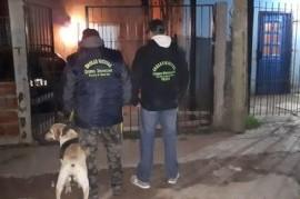 Para desbaratar a una banda narco en La Plata, la policía llegó oculta en un camión volcador